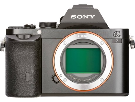 Máquina Fotográfica Mirrorless SONY A7+28-70mm (24.3 MP - Sensor: Full-Frame - ISO: 50 a 25600) — 24.3 MP | ISO 100 a 25600