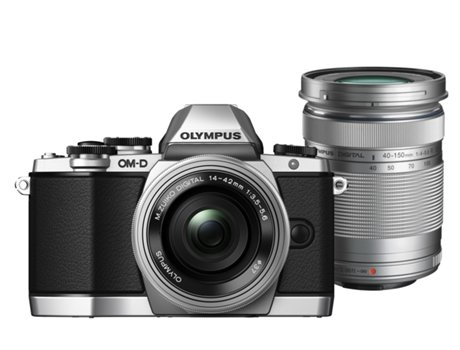 Kit Máquina Fotográfica Mirrorless OLYMPUS E-M10 c/ 14-42IIR + 40-150mm — 16 MP