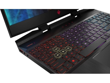 Portátil Gaming HP Omen 15-DC0017NP (15.6'' - Intel Core i7-8750H - RAM: 16 GB - 1 TB HDD + 256 GB SSD - NVIDIA GeForce GTX 1070) — Windows 10 Home | Full HD