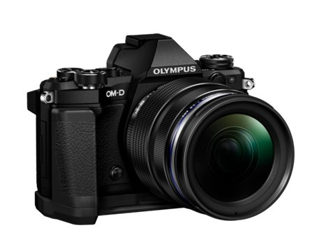 Máquina Fotográfica Mirrorless OLYMPUS E-M5 MARKII  + 12-40mm (16 MP - Sensor: Micro 4/3 - ISO: 100 a 25600) — 40 MP | ISO Low 25600